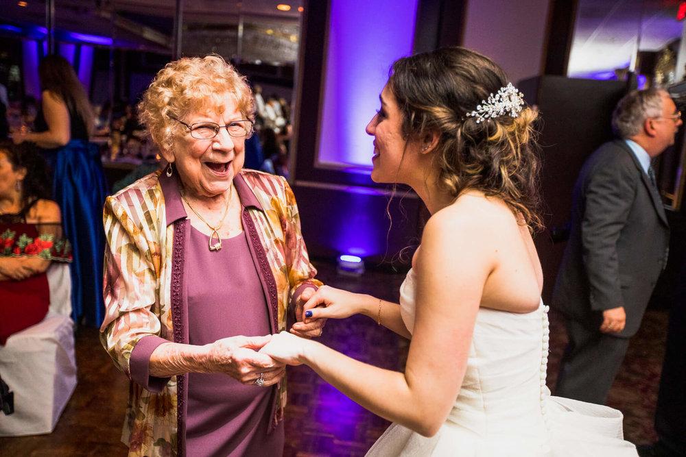 Jackie Andrew La Fontaine Bleu Lanham MD Wedding-25.jpg