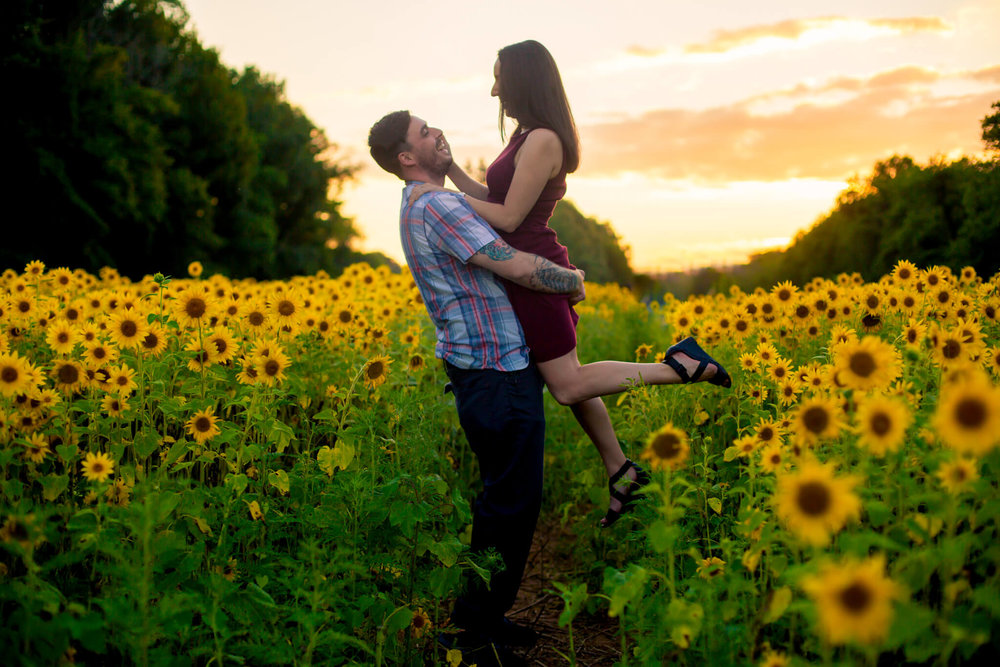 Alysia Jerad Sunflower Field Engagement-7.jpg