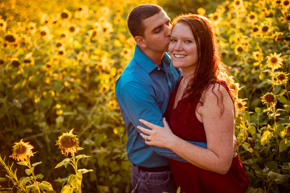 Valerie Daniel Sunflower Engagement-4.jpg