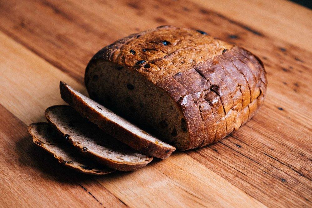 yeasted fruit loaf cut.jpg
