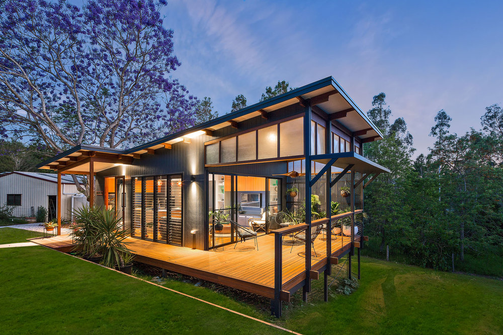 Samford valley small house/ Brisbane