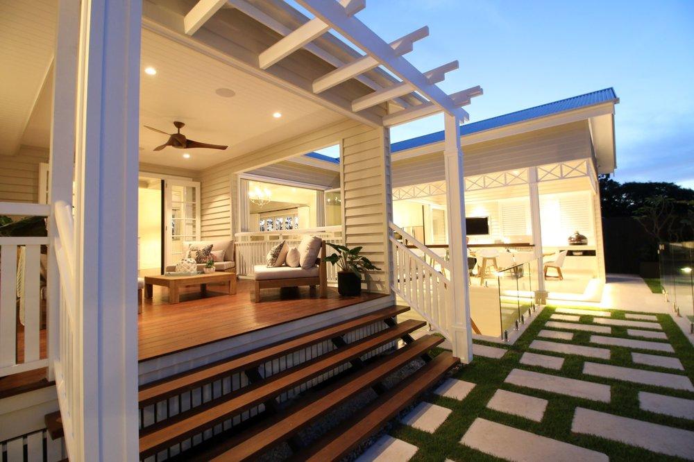 middle deck area.jpg