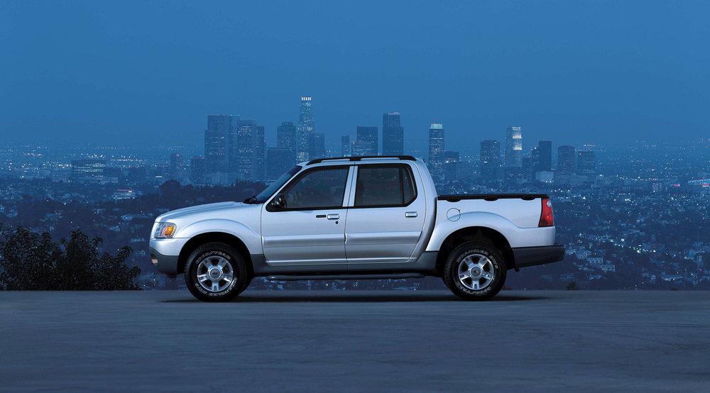Ford-Explorer_Sport_Trac-2003-1600-03.jpg