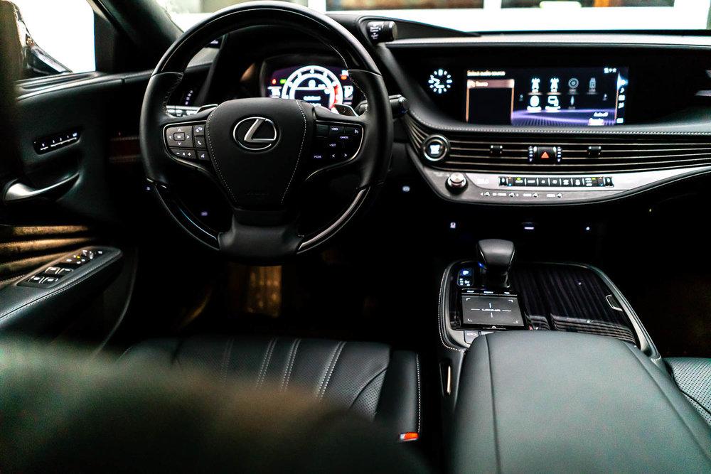 Lexus LS500
