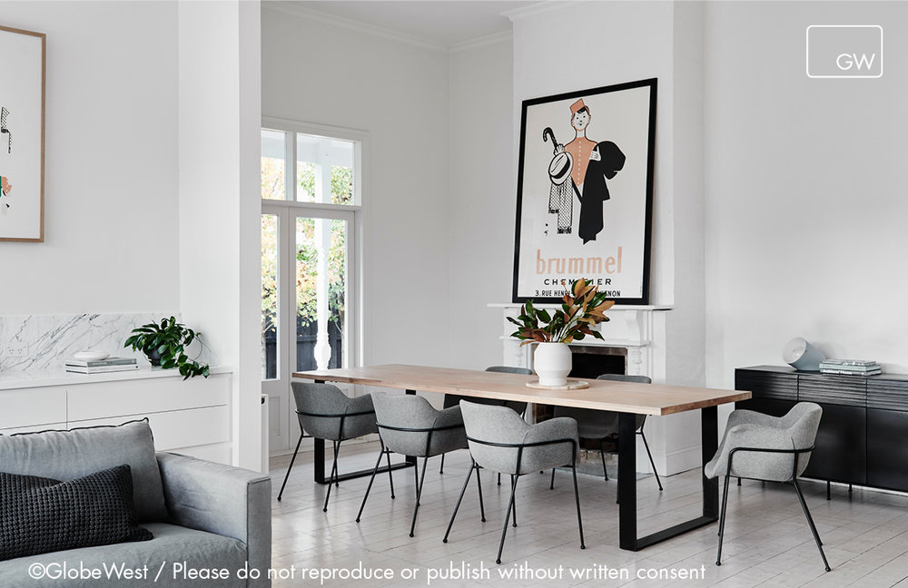 Linea+Dining_with+art_copyright_Landscape_Watermarked.jpg