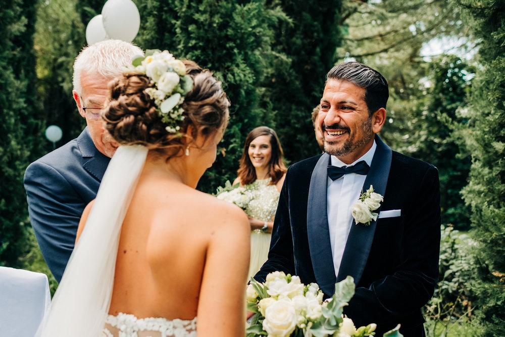 Anna-Hari-Photography-Hochzeitsfotograf-Gebrüder-Meurer-Großkarlbach-70.jpg