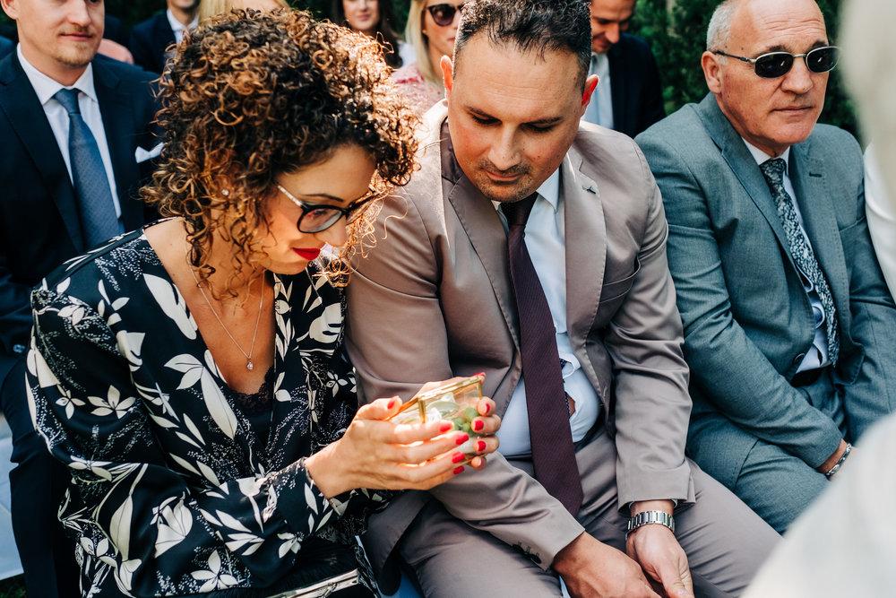 Anna-Hari-Photography-Hochzeitsfotograf-Gebrüder-Meurer-Großkarlbach-83.jpg