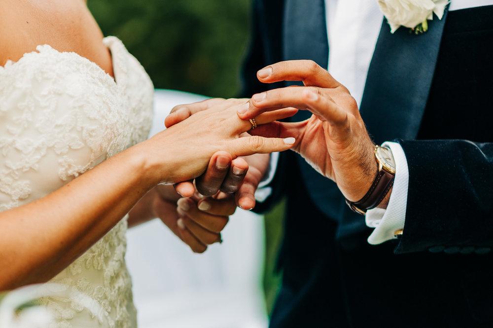Anna-Hari-Photography-Hochzeitsfotograf-Gebrüder-Meurer-Großkarlbach-86.jpg