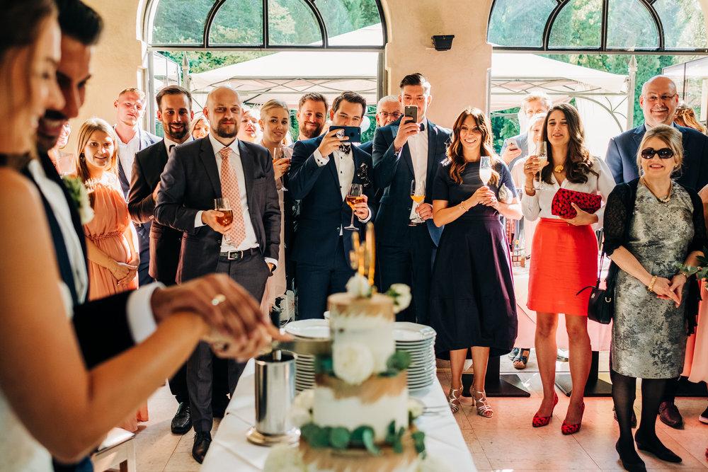 Anna-Hari-Photography-Hochzeitsfotograf-Gebrüder-Meurer-Großkarlbach-112.jpg