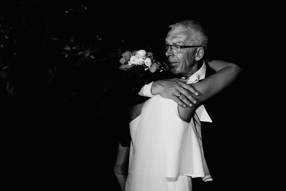 Anna-Hari-Photography-Hochzeitsfotograf-Gebrüder-Meurer-Großkarlbach-195.jpg