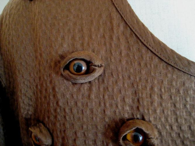 glasseyestop1-d.jpg