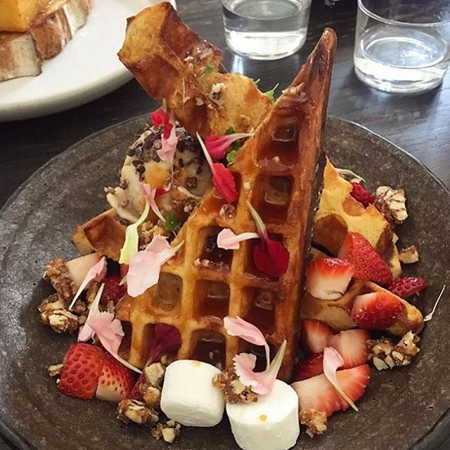 Butterscotch banana waffle. Caramel pecans, toasted marshmallow, raw coconut nibs with banana ice cream. 📷 @laurenclarke_au