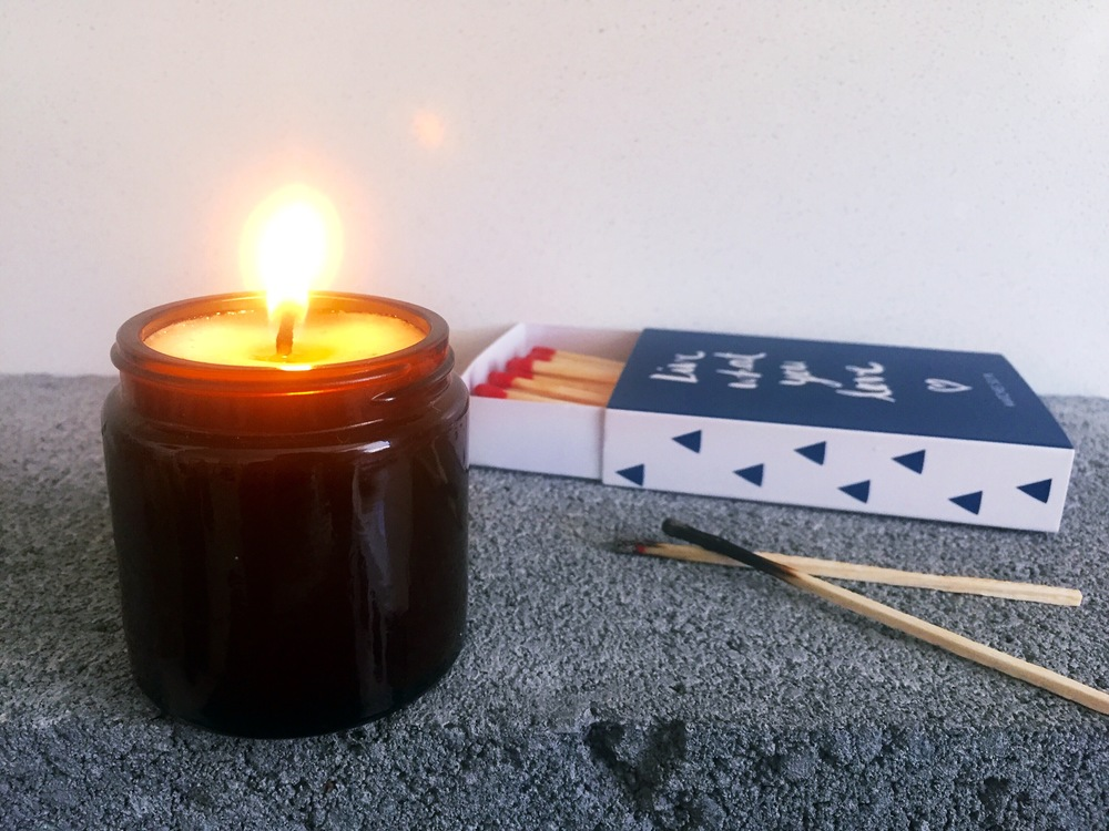 DIY candles with recycled jars