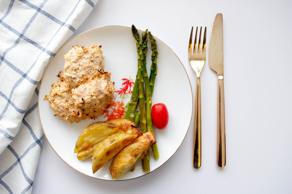Apple turkey burgers with potato wedges & asparagus GFINC.jpg
