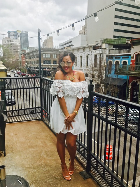 Birthday Gal x Downtown Houston!   Dress: Francesca's | Shoes: Lola Shoetique | Necklace: Francesca's | Earrings: Kendra Scott