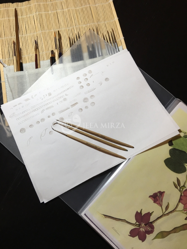 10. Class notes and brush roll