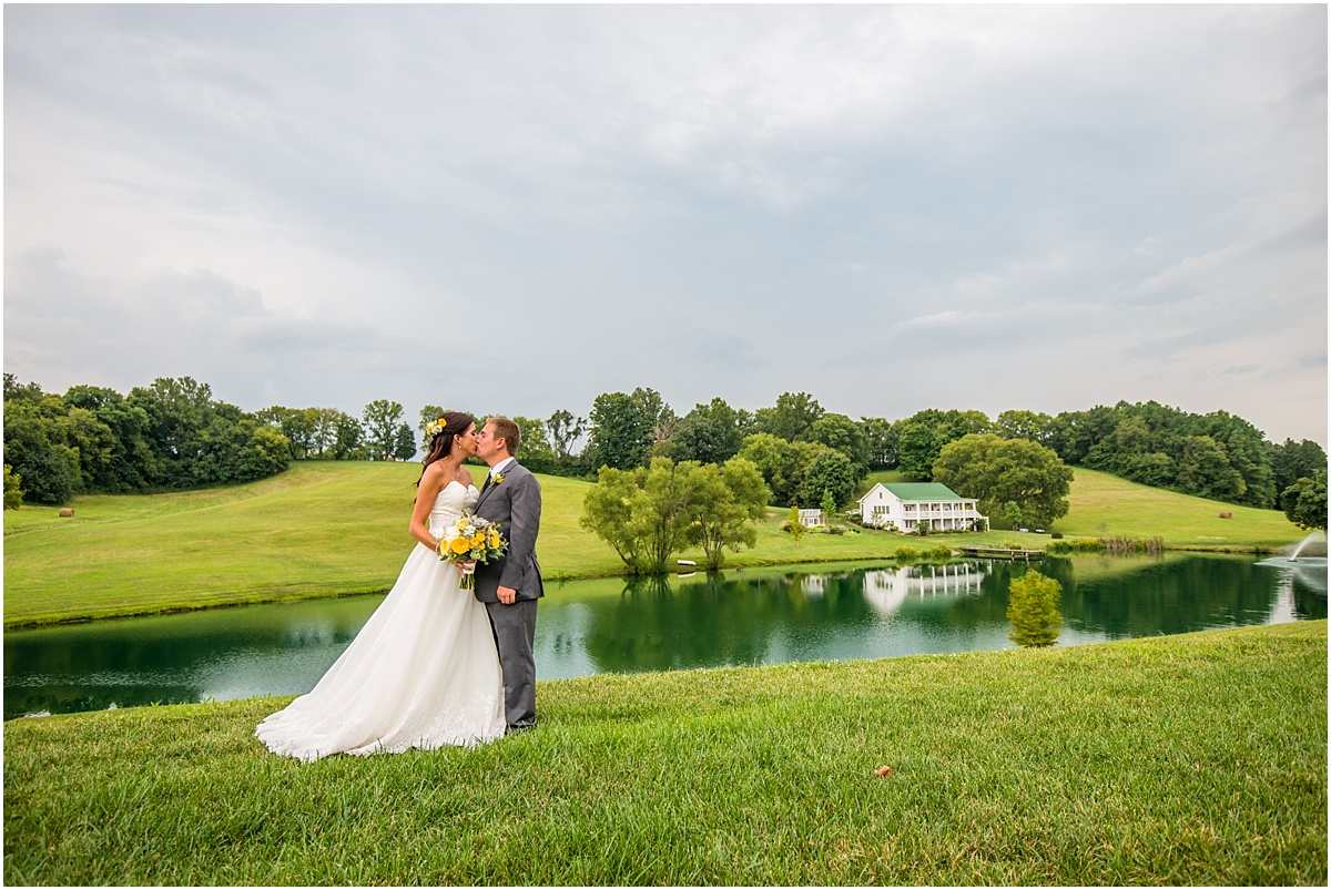 Greg Smit Photography Nashville wedding photographer Mint Springs Farm_0034