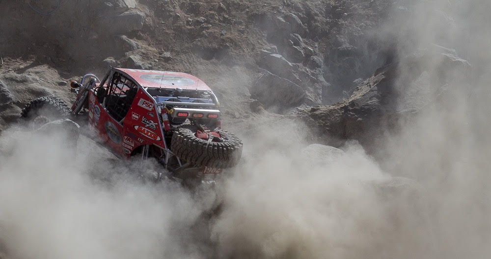 KING of the HAMMERS - Mad Max bumps into Fast & the Furious - and Rocks...