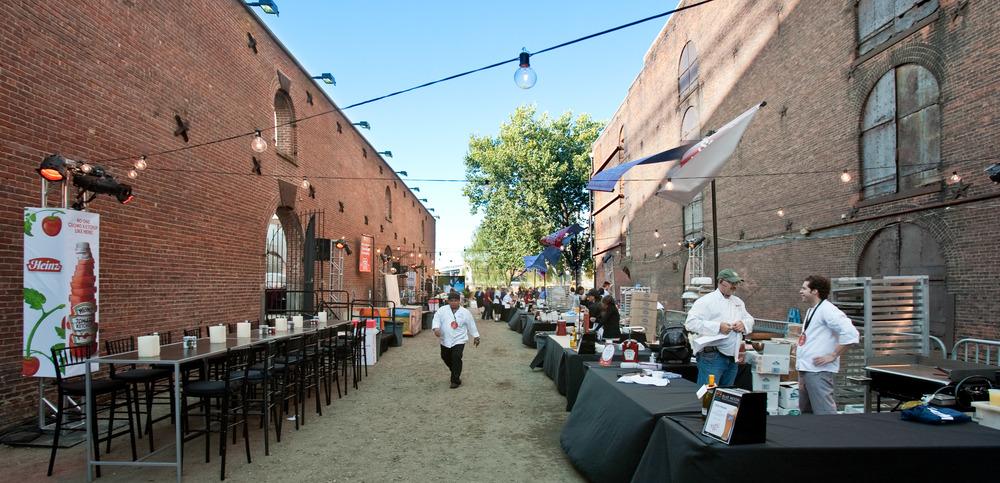 085_Food&WineFestival_BurgerBash.jpg