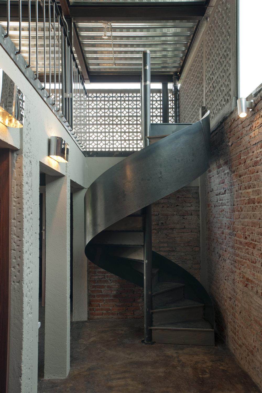 4 escalera 4.jpg