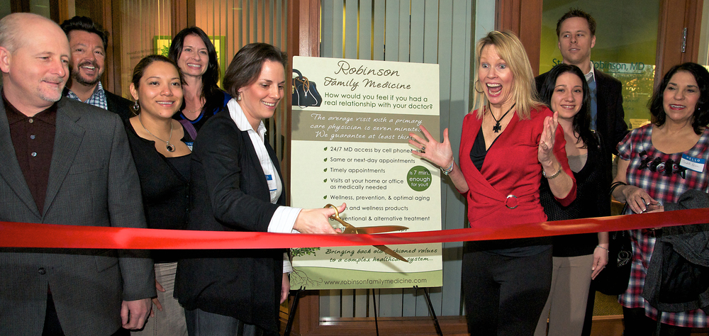 ribbon-cutting-event-florida-fun-candid.jpg