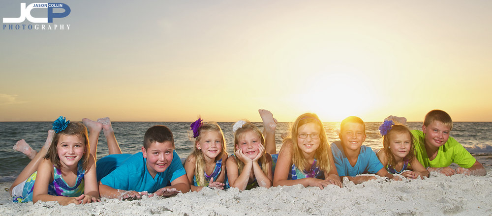 8-kids-sunset-beach-portrait