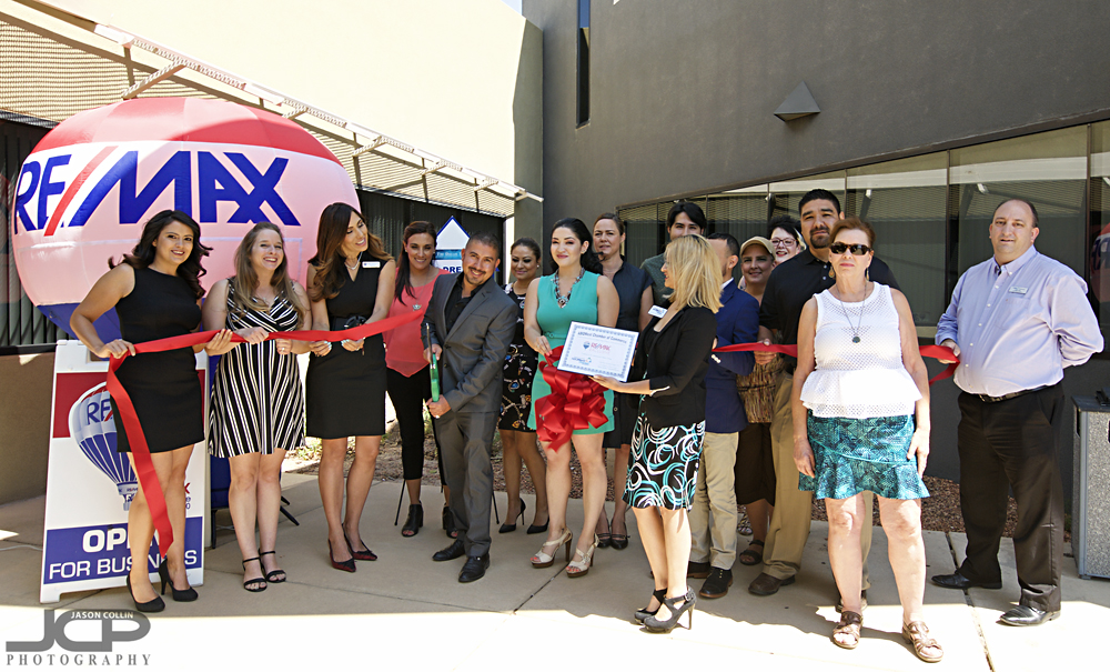 Ribbon cutting for a Remax real estate agency in the Rio Rancho area of New Mexico - Nikon D300 Tamron 15-30mm f/2.8 VC @ f/9 1/60th ISO 200 with SB-800 hotshoe mounted