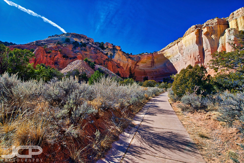The path to Echo Amphitheater which is a surprisingly long walk - Nikon D750 with Tamron 15-30mm lens 5-bracket HDR processed in Aurora HDR 2018