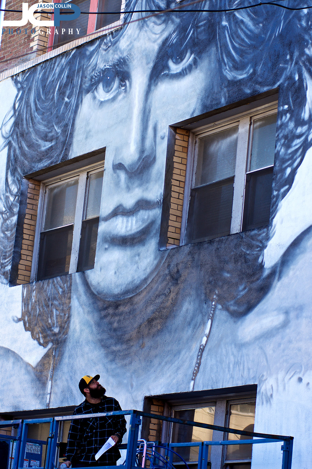 Jim Morrison is well represented in Venice Beach - Nikon D7200 with Nikkor 80-200mm lens