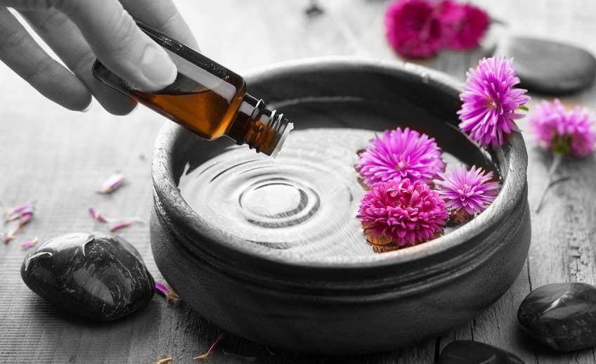 Lucidmendraspa-Aromatherapy-Massage.jpg