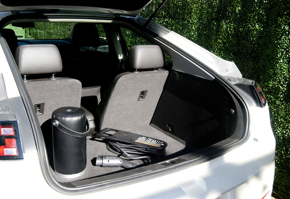 electric-feel-viya-handheld-electric-vehicle-charger