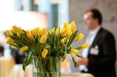 hotel-lobby-yellow-istock.jpg