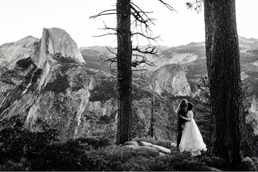 02_alex+matt-wedding-6_park_national_elopement_wedding_yosemite_intimate.jpg