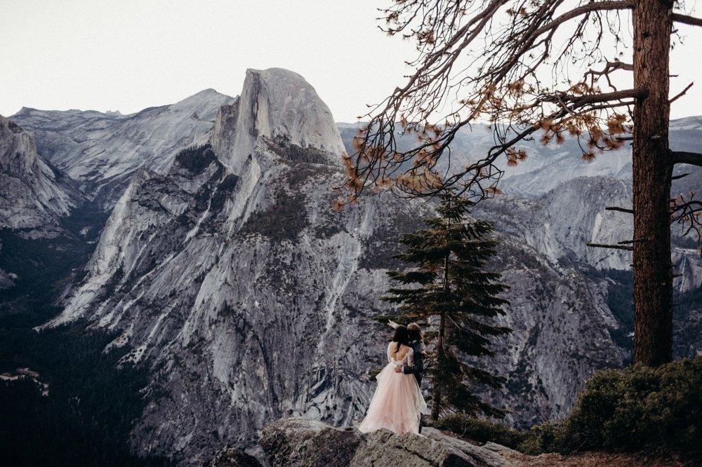 03_alex+matt-wedding-9_park_national_elopement_wedding_yosemite_intimate.jpg