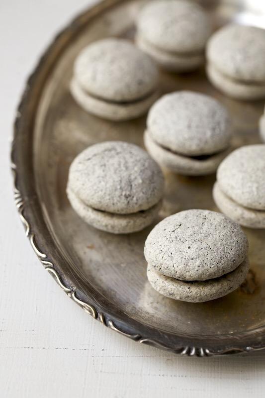 Sesame Seed Sandwich Cookies.