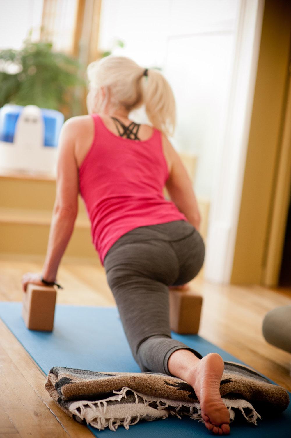 telluride-yin-yoga-teacher-training-kali-basman-durga-yoga-8.jpg