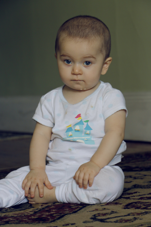 maliqi.aila.sitting.jpg