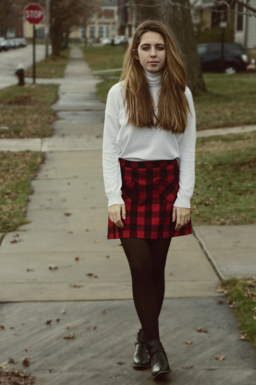 maliqi.blog.plaid.outfit.jpg