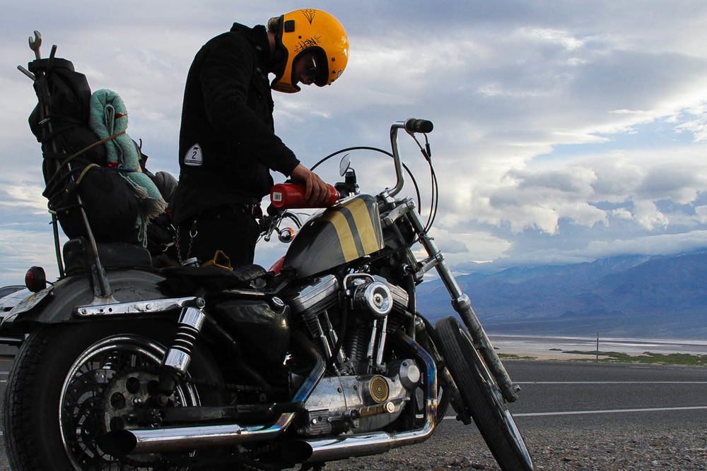 Refueling using the #Biltwell #Gasolina bottle