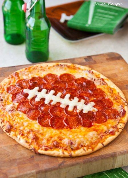 football pizza.jpeg