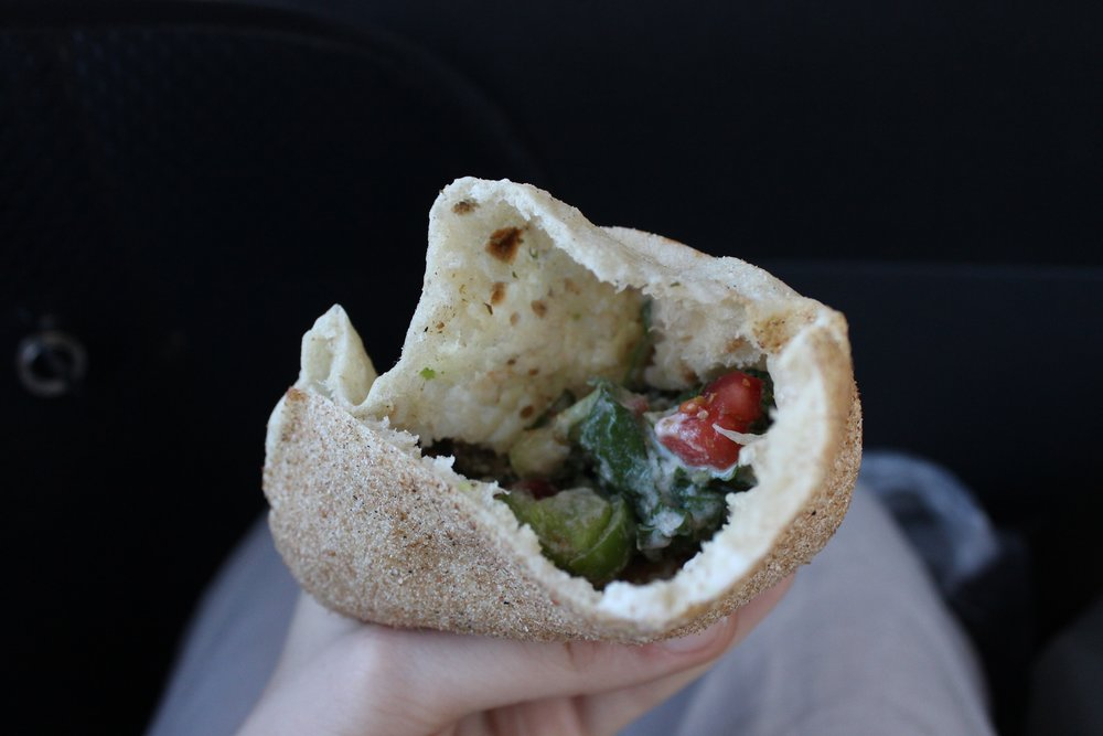 just look at that falafel! and the fresh pita!!!! ugh!!!!!!!!
