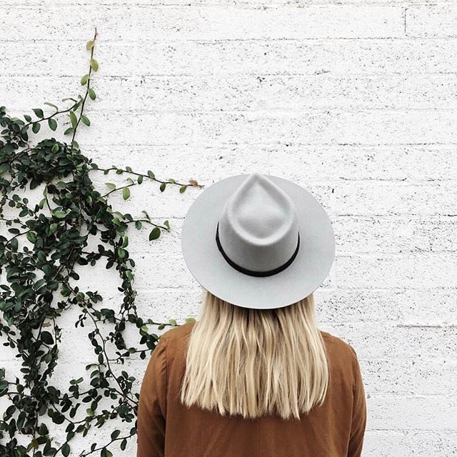 We love this Dylan Fedora in Bone by @yellow108, made locally in the USA. Yellow108 also have a gorgeous range of hats made from locally sourced, 100% salvaged materials. #yellow108 #repost #moyoworld