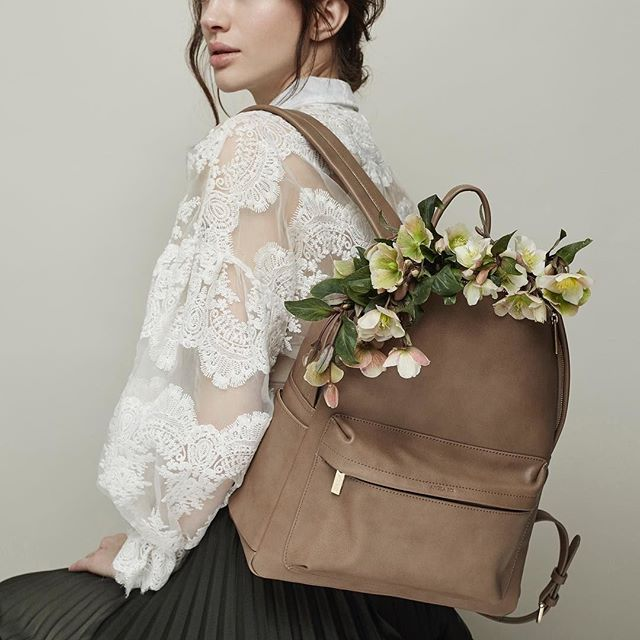 "We love this minimalist backpack from @angelaroi - on top of their use of vegan leather, they work responsibly with four factories in Seoul to produce their gorgeous bags, and they even donate money to local animal shelters. It's like your favourite childhood backpack, all grown up. Find more ethical tee's on our new blog post in our ""Trends"" section - https://www.moyo.world/trends/ethicalbackpacks #angelaroi #repost #moyoworld"