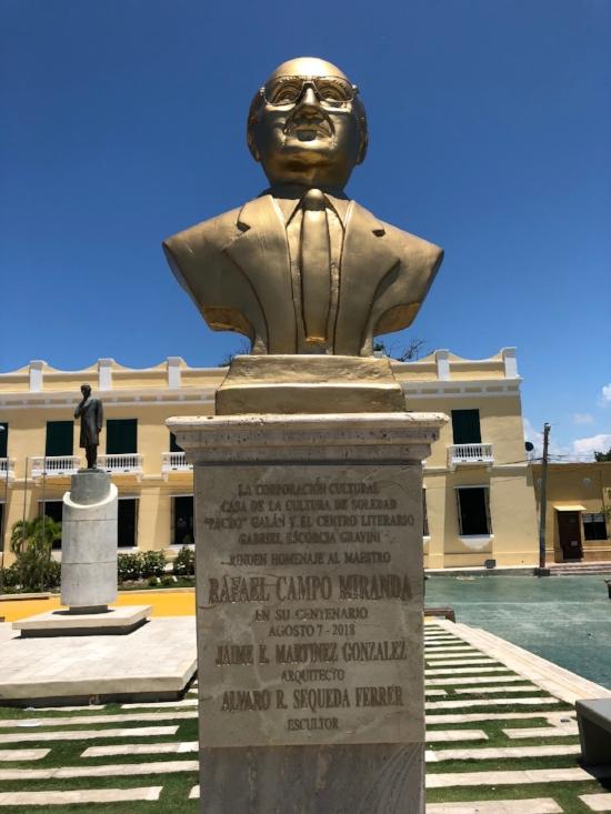 Busto a la memoria de Rafael Campo Miranda. - Plaza central del Museo Bolivariano de Soledad (Atlántico) Agosto 7 del 2018 (Archivo RCV).