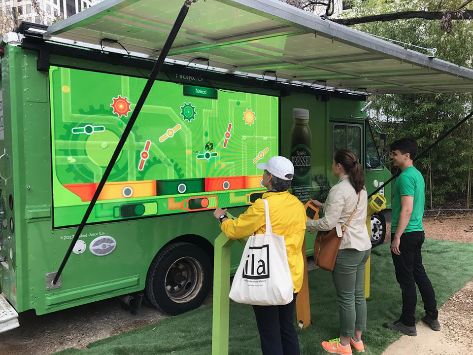 naked-juice-solar-truck-game-experience-960x720.jpg