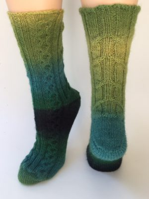 Cable Ship Socks    PDF File, click to open