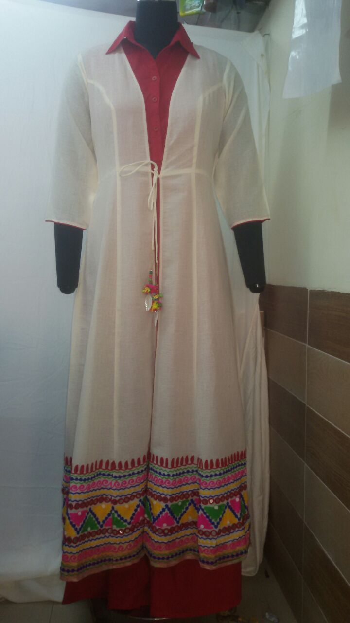'PADMAVAT' SET - COLLARED FULL LENGTH MAXI DRESS AND A JACKET in softest MULL FABRICS PRICE Rs 4500