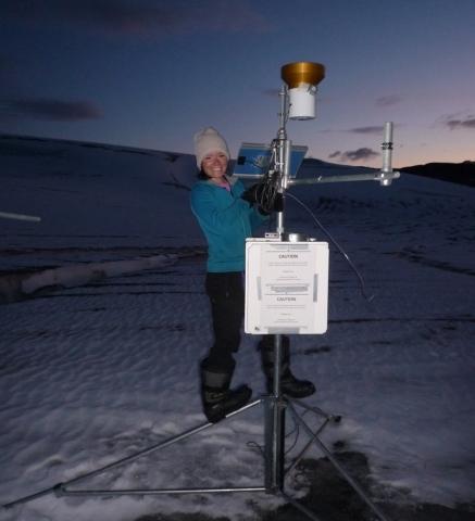 "<b>Jocelyn Hirose</b><br><font size=""1"">Resource Conservation Scientist, Co-founder Girls on Ice Canada</font>"