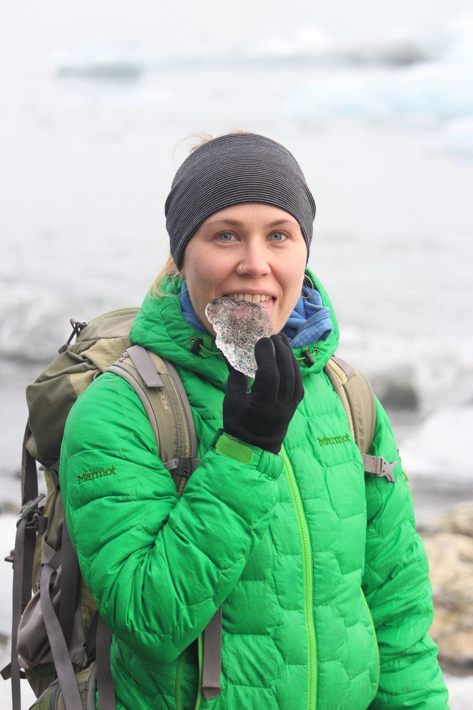 "<b>Ellie Bash</b><br><font size=""1"">Glaciologist, Co-Founder Girls on Ice Canada</font>"