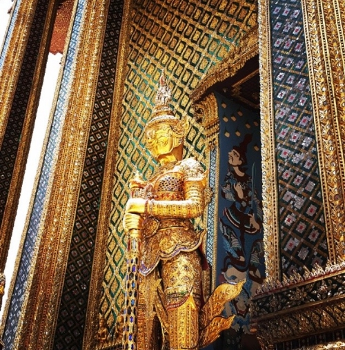 The Grand Palace is one of the most famous landmarks in Bangkok. It was the official home of the Thai King for 150 years!